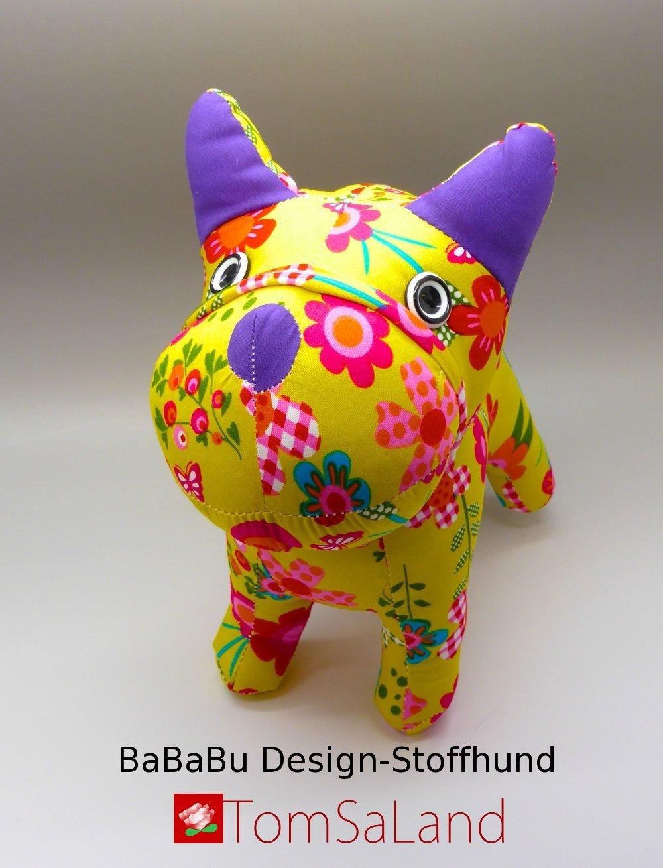 Bababu_Design-Stoffhund_Vorderansicht_mit_logo