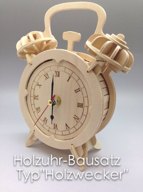 Holzuhr-Bausatz_Typ_Holzwecker_Tomsaland