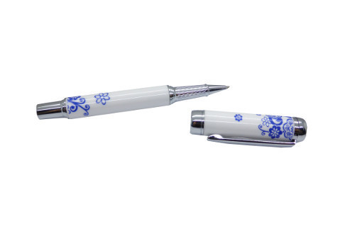Ballpen with the design of Porcelain with small flowers