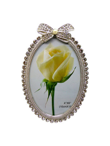 TomSaLand Photoframe with diamond design oval